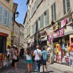 Avignon, la papesse gourmande. - Projet la Passerelle