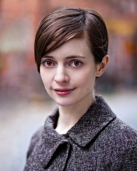 Emily-st-john-mandel-auteur